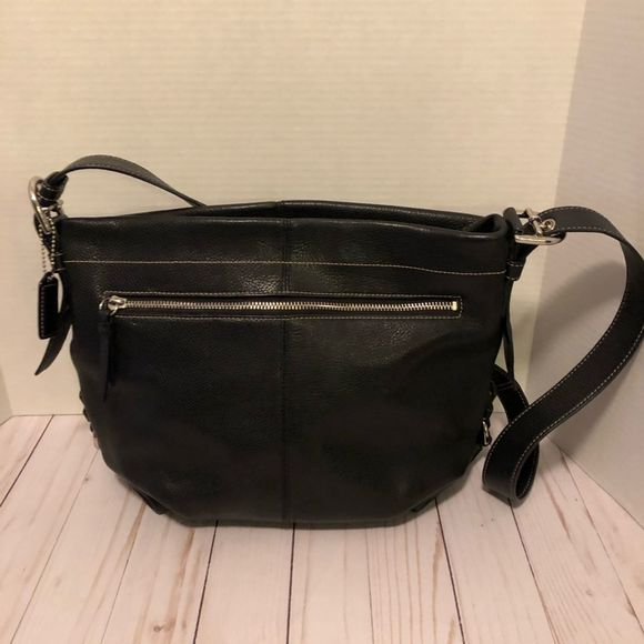 Coach Handbags - Coach Hobo Black Leather Silver Hardware